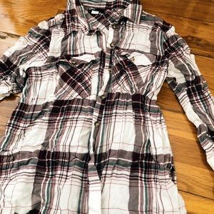 BDG/ Urban Outfitters Plaid flannel shirt